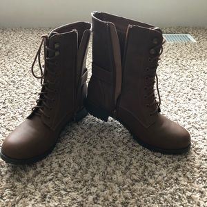 Brown side zip boots size 9
